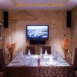 Уютный ресторан, расположенный в северной части города, идеален для деловых и романтических встр