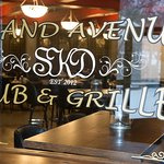 The Grand Avenue Pub & Grille