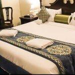 Photo de Ramee Guestline Hotel