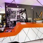 The Moment Hotel Foto