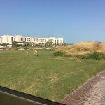 Photo de Saadiyat Beach Golf Club