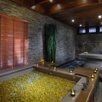 Jacuzzi. Breeze Spa at Amari Vogue Krabi