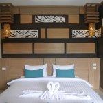 Chaokoh Phi Phi Hotel & Resort Photo