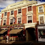 Sunny Walmer Castle - best pub in Notting Hill.