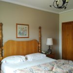 King Lake View room - Bustillo wing