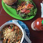 Thai bowl, veggie burger