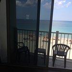 Sun Tower Hotel & Suites on the beach Bild