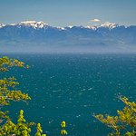 View Juan de Fuca Strait and Olympic Mountains
