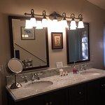 Innkeeper Suite Guest Room Bath