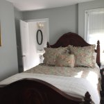 Room 3, queen bed,fireplace,bathroom,tv wifi and great breakfast