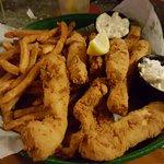 Crackers Bar & Grill Foto