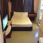 China Town Hotel Photo