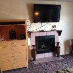 Admiral room 306 amenities.