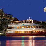 Dine, Dance, Cruise, Wed - weekly year-round dinner cruises as well as groups & weddings for 150