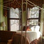 Bay Room's queen-size bed