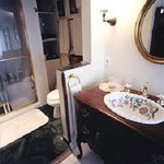The Garden Suite en suite bathroom with steam shower and clawfoot tub