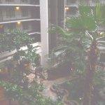 Foto de Embassy Suites by Hilton Hotel San Francisco Airport (SFO) - Waterfront