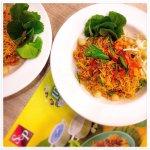 3-Flavoured Crispy Noodles