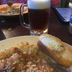 Outstanding Cajun food, ICE cold beer, great service, and loved the atmosphere! Must go!