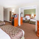 4 Beds Suite
