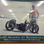 E Hayes and Sons - The World's Fastest Indian Foto