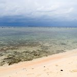Apo Reef Natural Park: clear waters