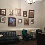 صورة فوتوغرافية لـ Starbucks on Sixth