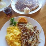 Scrambled eggs, hash browns & pancakes