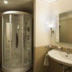 Luxury Suite Steam Bath Cabin