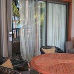 Балкон Tropical Suite
