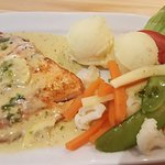 Fish of the day with mashed potatoes and vegetables
