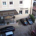 Dom Hotel Foto