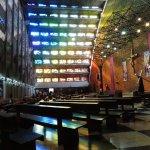 Maravilloso juego de luces de la Iglesia El Rosario