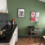 صورة فوتوغرافية لـ Cornelis Coffee Food and a Room