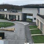 Photo de Novotel Saint Quentin Golf