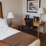 Photo de BEST WESTERN PLUS Carlton Plaza Hotel