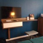 TV (no desk)