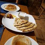 Deliciosas parathas e pancakes