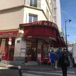 Photo of Moulin Plaza Hotel