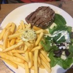 traditionnel steack frite