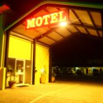 Photo of Glenmore Hotel Motel