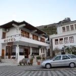 Photo de Hotel Gjirokastra
