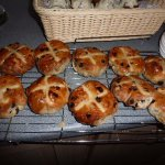 hot cross buns,