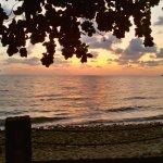 Photo de Bhumiyama Beach Resort