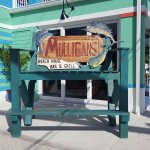 Foto de Mulligan's Beach House Bar & Grill