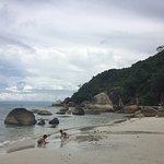 Photo de Thong Takhian Beach (Silver Beach)
