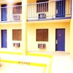 2 storey motel