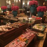 Appetiser and dessert - offered in a buffet style