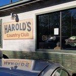 Φωτογραφία: Harold's Country Club
