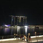 Photo de Wonder Full Light and Water Show